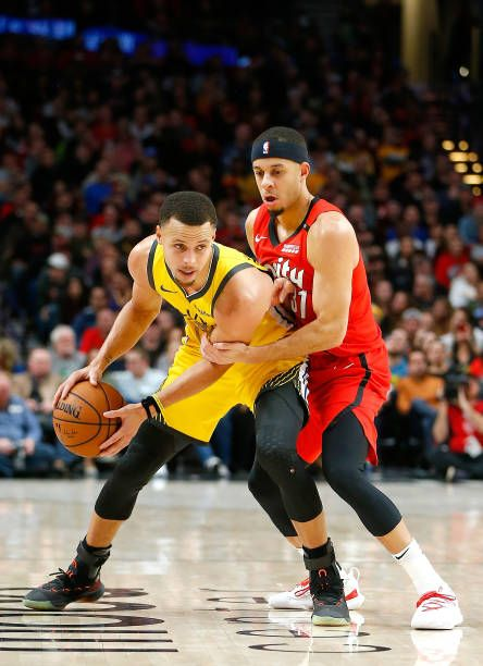 06f100be87c Stephen Curry of the Golden State Warriors is guarded by his brother Seth  Curry of the Portland Trail Blazers at Moda Center on December 29 2018 in.