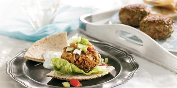 Mini Greek lamb burgers (yum!) | Must-Make Recipes | Pinterest