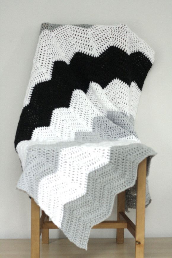 Large stripe chevron crochet blanket