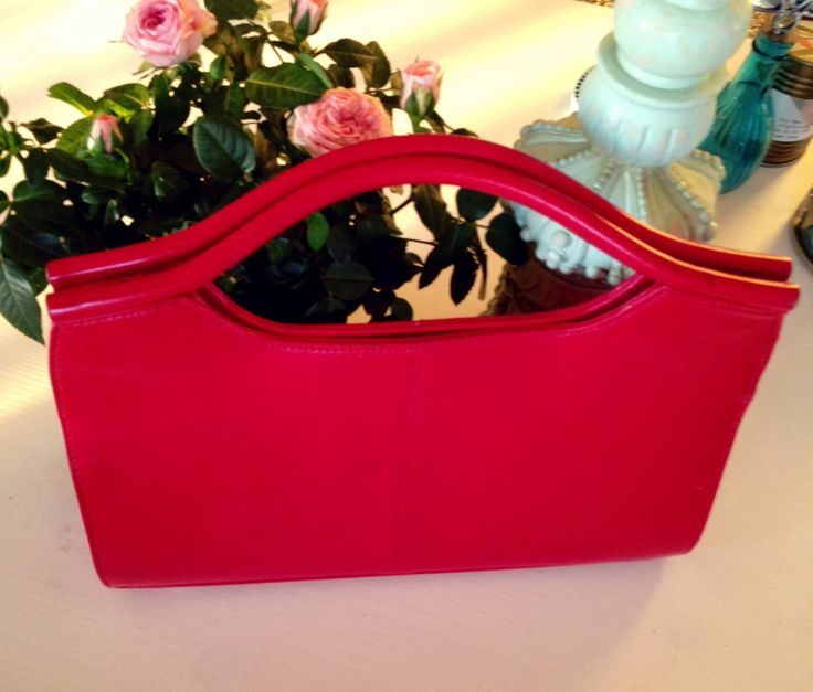 39 best JG Style: Red Handbags images on Pinterest | Vintage ...