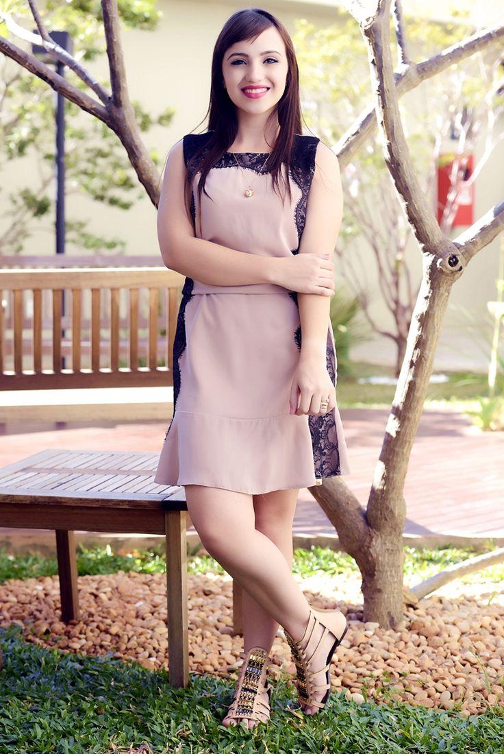 look moda evangelica vestido nude rasteira gladiadora (5)
