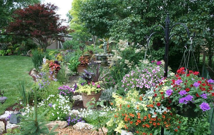 Flower Garden Ideas And Layouts Where It 39 S All About The Elements Flowergarden Flower Garden Design Perennial Garden Design Diy Backyard Landscaping