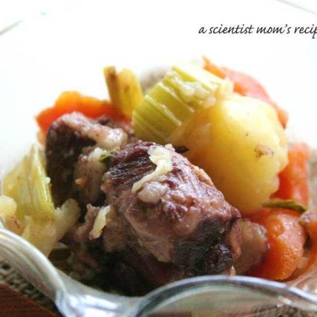 作り置きポトフ風~豚肉の赤ワイン煮込み