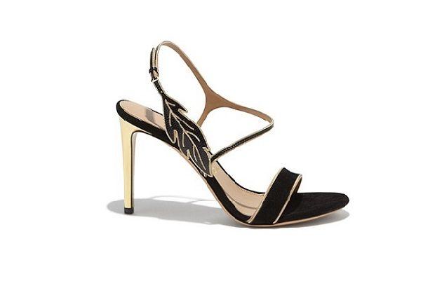 Salvatore Ferragamo gece ayakkabısı modelleri ve abiye ayakkabılar için 2015 koleksiyonlarında yer alan Salvatore Ferragamo gece ayakkabıları ve abiye ayakkabılar sayfalarımızda beğeninize sunulmaktadır.