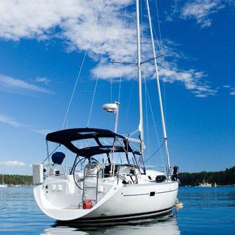 Cloud 9 Living - Live-Aboard Intro Sailing Course