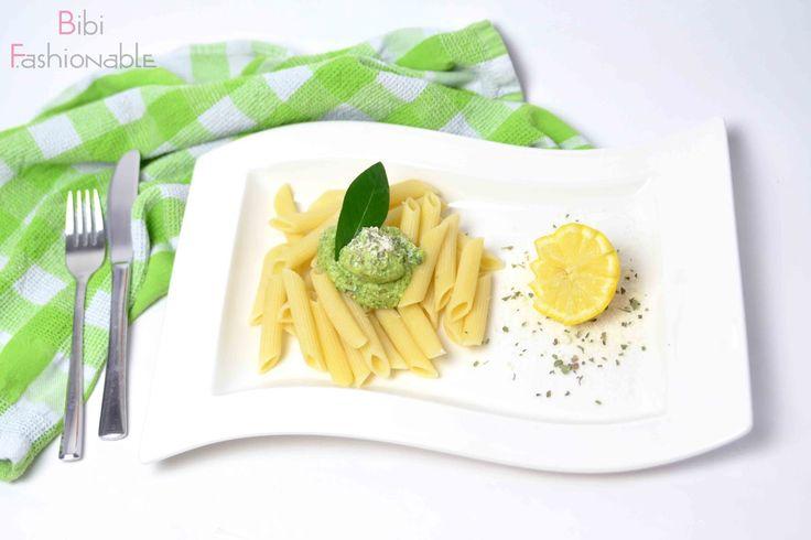 Avocado-Pesto