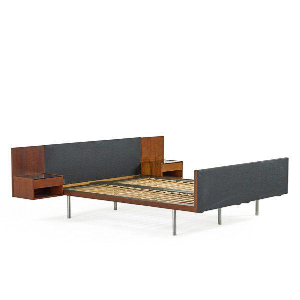 Hans Wegner; Teak, Matte-Chromed Steel, Glass and Leather Bed for Getama, 1960s.