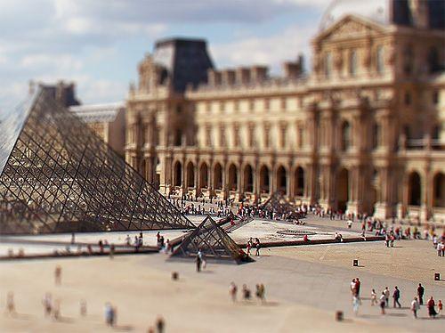 Le Louvre, Paris, France #britairtrans #tiltshift