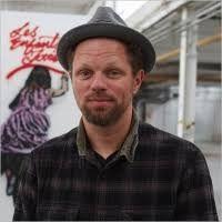Dr Hofmann: es uno de los primeros miembros de la cultura alternativa del graffiti madrileño. Ha trabajado con diferentes tipos de letra y con una imaginería muy personal.