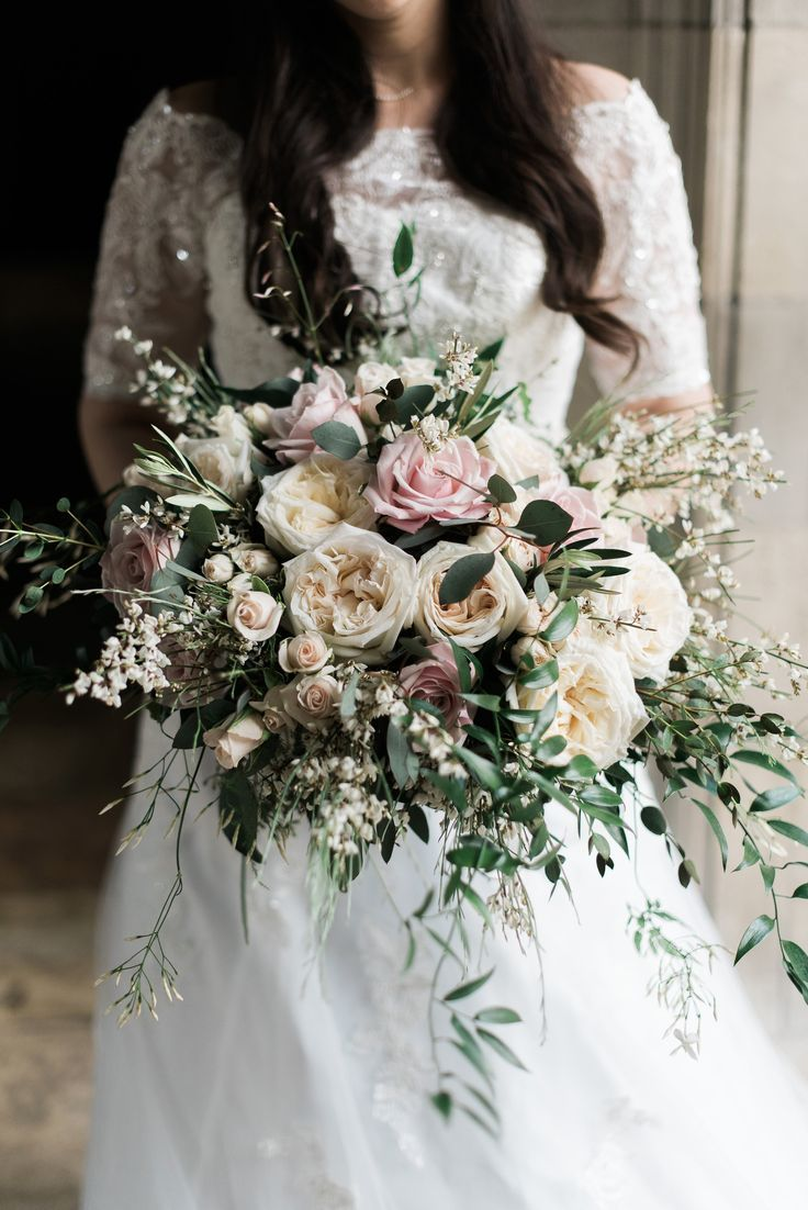 Fiori Bouquet.Bridal Bouquet Organic And Flowy Bridal Bouquet Most Beautiful