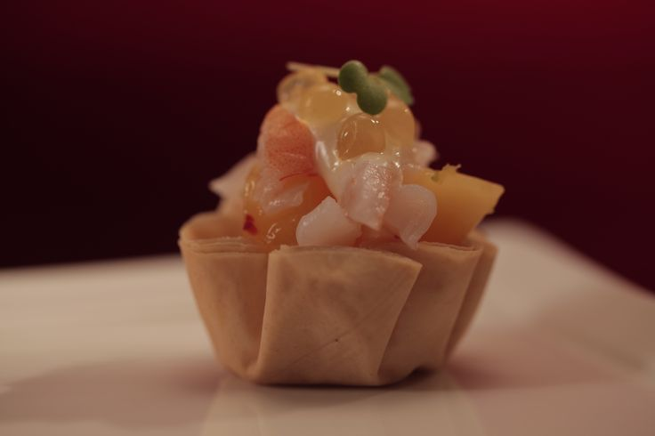 Jake and Elle's Prawns with Mango Salsa and Lime Mayonnaise from S4 of MKR: http://gustotv.com/recipes/appetizer/prawns-mango-salsa-lime-mayonnaise/