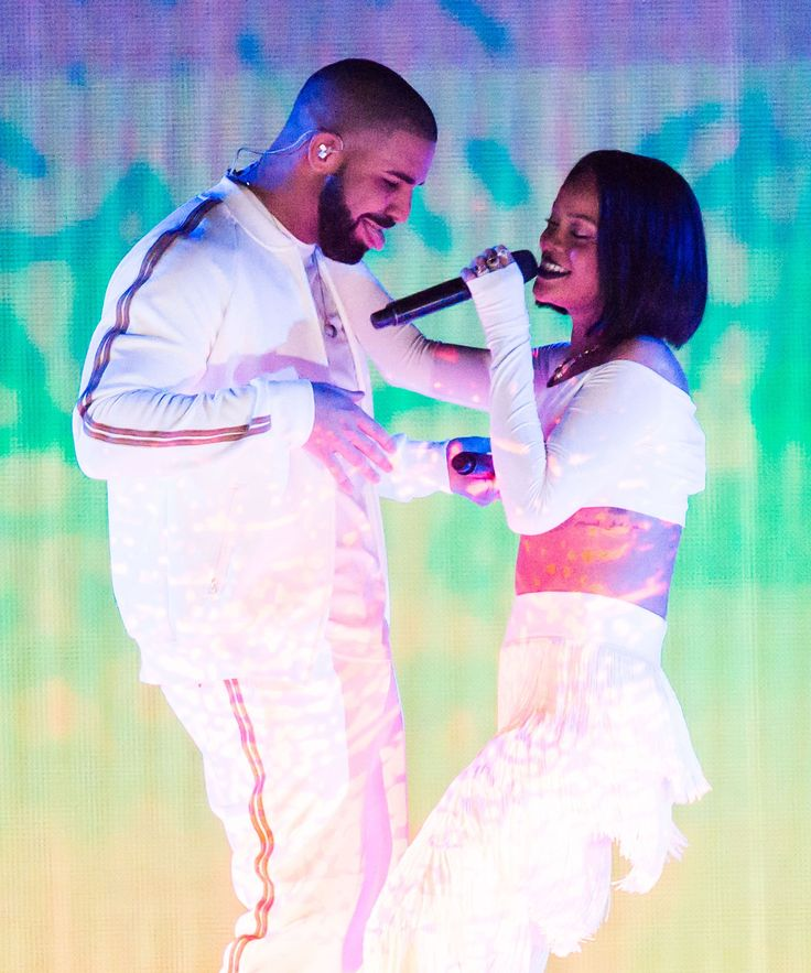 Drake And Rihanna Relationship Goals | Drake and Rihanna are relationship goals except for the fact that they aren't dating. #refinery29 http://www.refinery29.com/2016/03/106731/drake-and-rihanna-relationship-goals