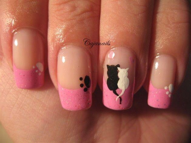 Unos gatos enamorados, en tus uñas, pintadas a la francesa en porcelana y rosa...