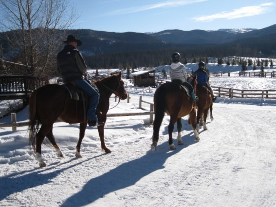 Winter vacation at vista verde ranch all inclusive luxury for Winter all inclusive vacations