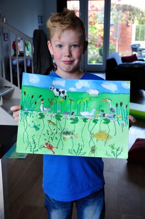 PetraHeezen   Zoon trots op zijn eerste tekenopdracht. Teken een berm en sloot.