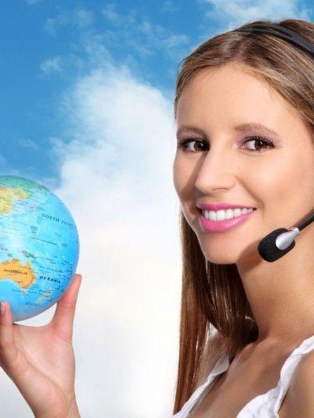 Viele beauftragen das Reisebüro ihres Vertrauens, um den Urlaub zu buchen. Doch was ist günstiger und schneller: Reisebüros oder die Online-Anbieter?