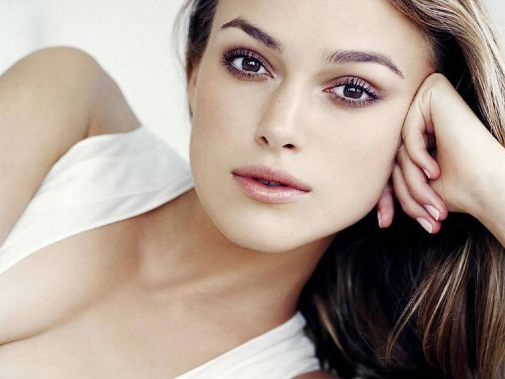 Keira Knightley with make up