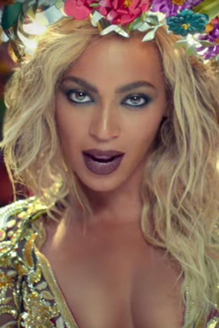 "See Every Single Gorgeous Second of Beyoncé in Coldplay's ""Hymn For the Weekend"" Music Video"
