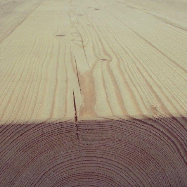 Treverk fra #1862.  Med litt kjærlighet og omsorg så ser det slik ut. #ikkeskuehundenpåhåret #drivved #drivvedland #gjenbruksmaterialer #gjenbruk #elskerdet