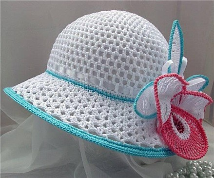 White Sun Hat with Orchid free crochet graph pattern