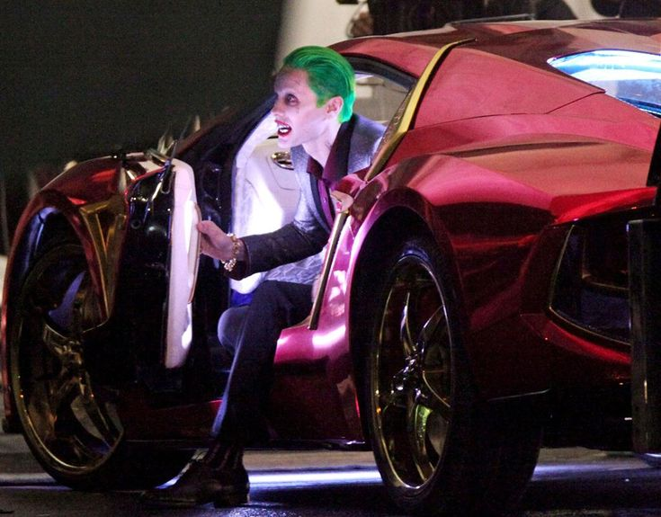 Fan footage shows Jared Leto's first scenes as the Clown Prince of Crime, confronting future girlfriend Harley Quinn in a violent encounter.