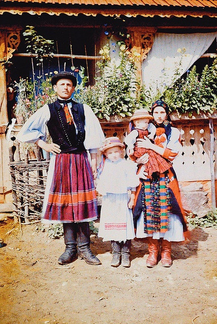 Young family in festive dress Méra, Kolozs county 1911 Néprajzi Múzeum