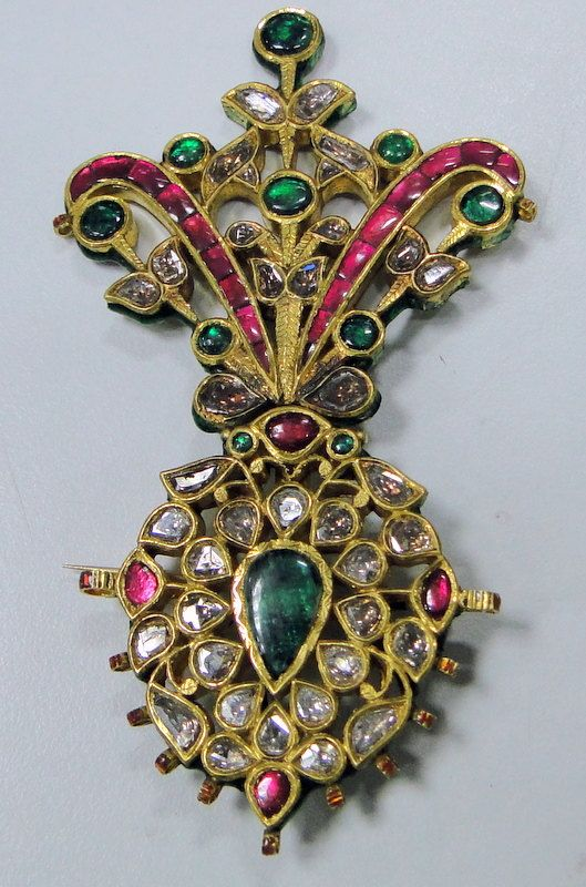 Turban jewel, ruby, emerald and diamond.