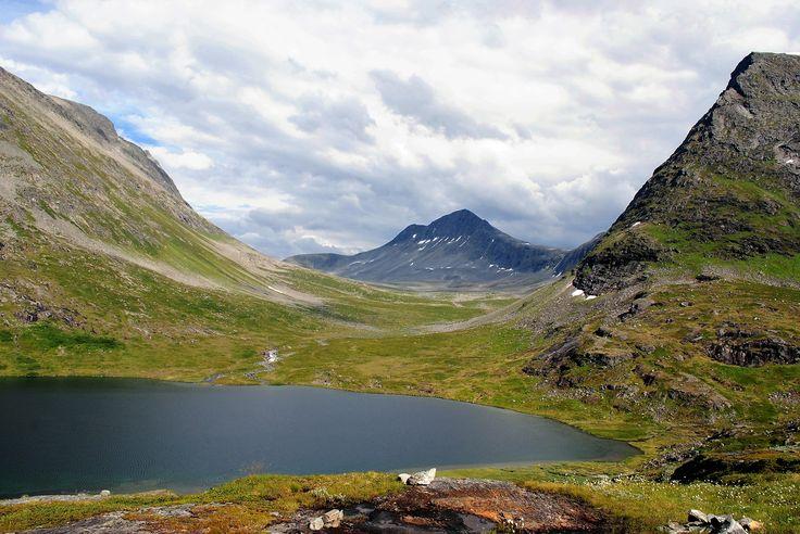 Alnesvatnet by Trollstigen, Norway