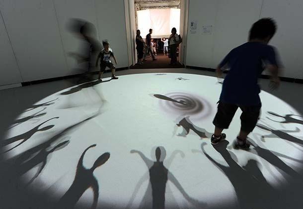 「光のイリュージョンン〈魔法の美術館〉〜Art in Wonderland〜 招待券」 ペア12組