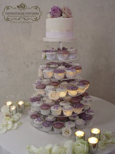 Purple wedding cake and cupcakes, actually this will be the style of my cake! i want the whole vintage/romantic look