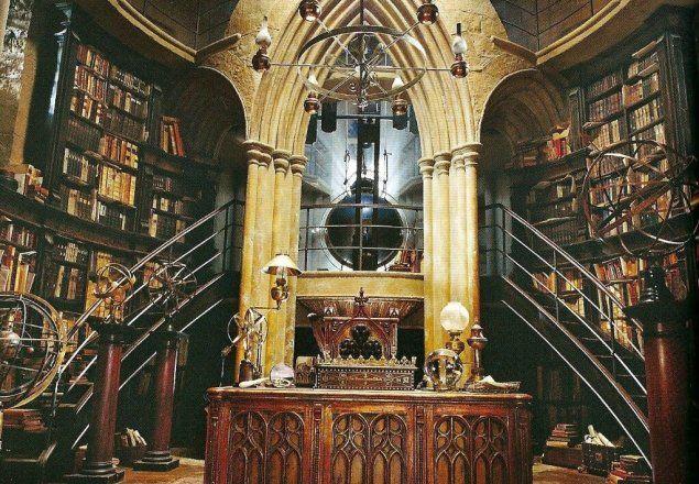 Hogwarts Library Harry Potter Wiki Fandom In 2021 Hogwarts Library Hogwarts Pottermore
