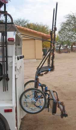 Hooking cart to horse trailer