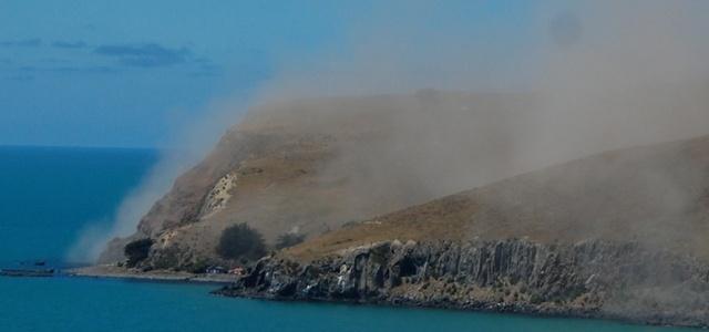 http://images.tvnz.co.nz/tvnz_images/news2011/christchurch_earthquake/taylors_dust_rocks_pg.jpg