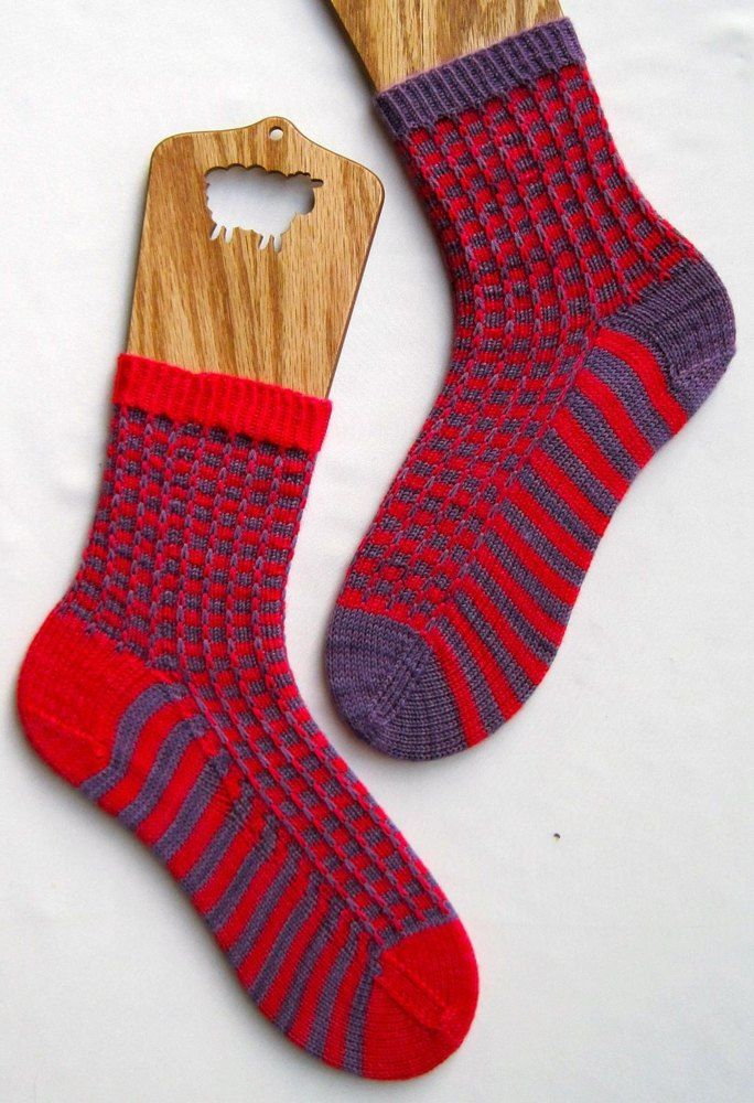 Two Color Mismatched Socks Knitting Pinterest Circular Needles