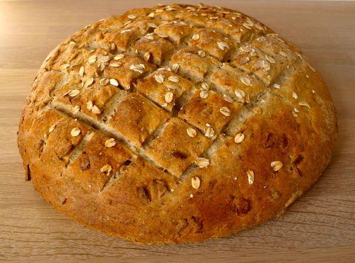 Opskrift på Lækkert brød med havregryn og kerner - Find lette opskrifter til at lave god mad