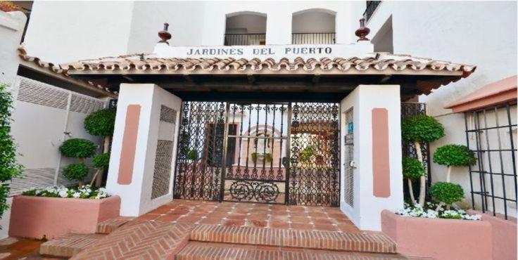Reformas en portales. Comunidadad de propietarios Jardines del Puerto en Puerto Banús, Marbella | Empresas reformas, Presupuesto reforma málaga