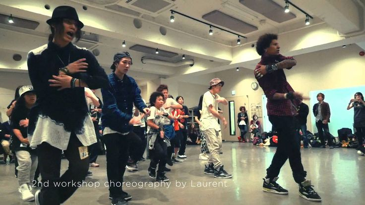 LES TWINS IN JAPAN 2014 Nov. Complete Version #TB 2 years ago - what a great memory♥ #lestwins #HidenoriIshige (0,24 with #Larry & 2,55 with #Laurent) enjoy