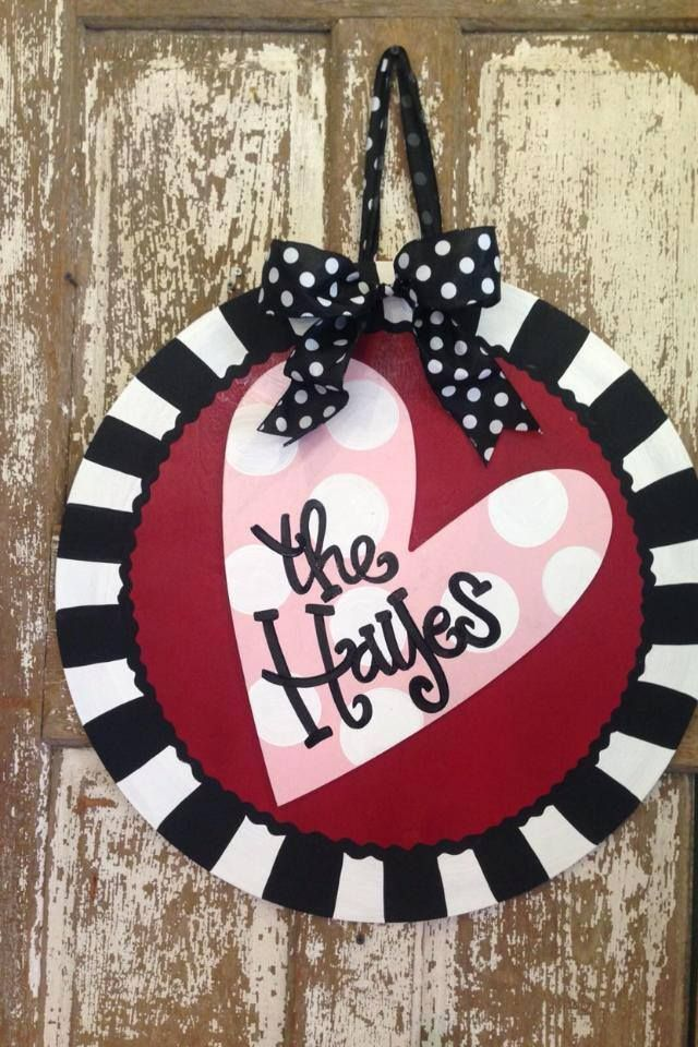 "24"" hand-painted circle features a 3D personalized heart. Made to go outside. Includes bow. Edges are sanded and finished."