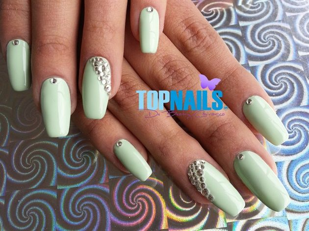 Acrylic Nails with traditional enamel and crystals  Hazte Fans o Me Gusta  en https://www.facebook.com/topnails.cl   www.topnails.cl ☎94243426, saludos Beatriz