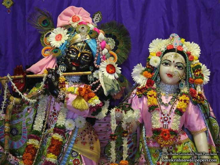 Sri Sri Radha Govind Close up Wallpaper    Click here to get more sizes...http://harekrishnawallpapers.com/sri-sri-radha-govind-close-up-iskcon-nigdi-wallpaper-012/   TO SUBSCRIBE: http://harekrishnawallpapers.com/subscribe/