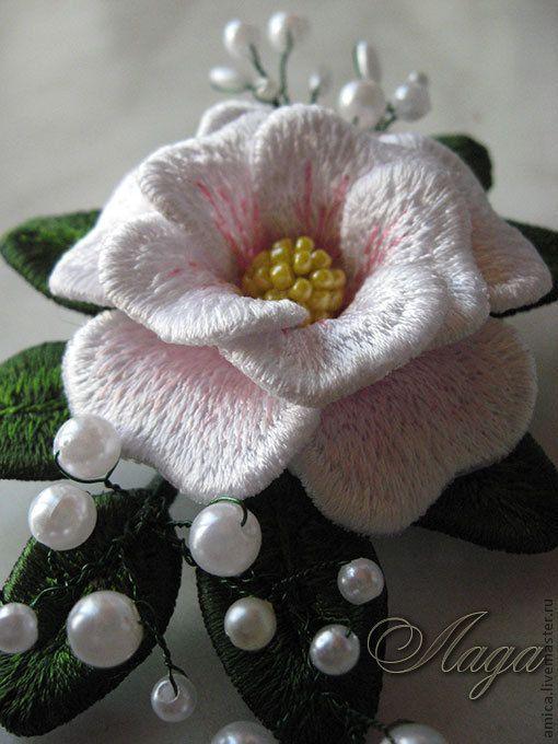 Купить Брошь -заколка.Дикая роза. - роза, шиповник, брошь, заколка, цветок, белый, ветка