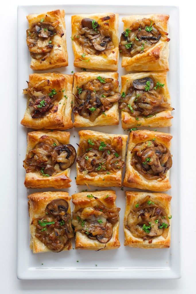 Bites of Gruyère, mushrooms and caramelized onions – recipes – #Bites #carame …   – Mushroom recipes sauteed
