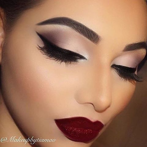 """11.5k Likes, 108 Comments - Universo da Maquiagem (@universodamaquiagem_oficial) on Instagram: """"Everything she does is perfect! 😍💕 @makeupbytiamao @makeupbytiamao @makeupbytiamao ✨💕✨💕 #amazing…"""""""