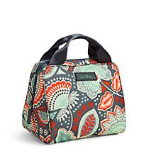 Lunchtime has never been so cool! This pretty, packable bag was designed to keep food and drinks cool for hours. An open-wide zip top provides easy access, and the foodgrade-safe quick-wipe lining is a breeze to clean. Soft, webbed handles make it easy to carry, and the ID window ensures your lunch stays yours!