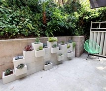 Easy Retaining wall/planter