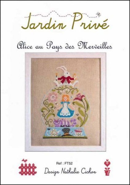 17 best images about alice in wonderland cross stitch on for Au jardin d alice flers