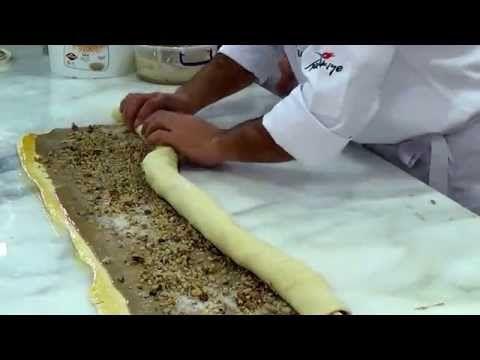 Schokoladen-Mousse Torte – Çikolatalı Mus Pasta Tarifi - Leyla ile Yemek Saati - YouTube