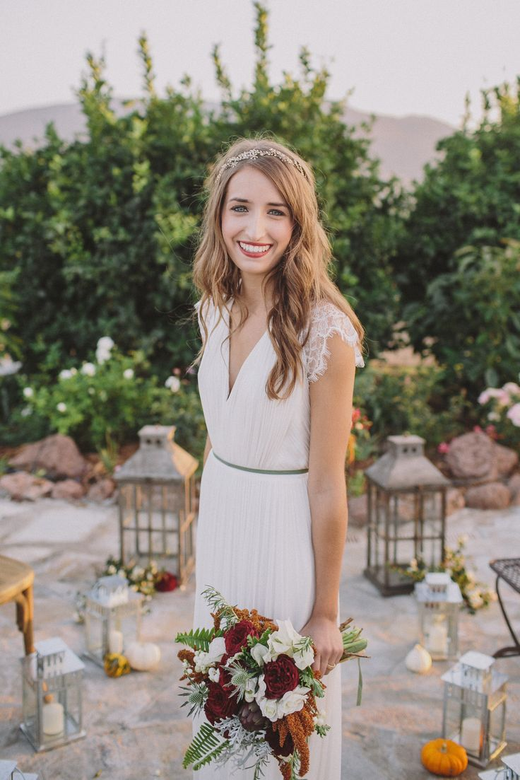 Autumn Inspiration from Anna Delores Photography on Style My Pretty. - headband?