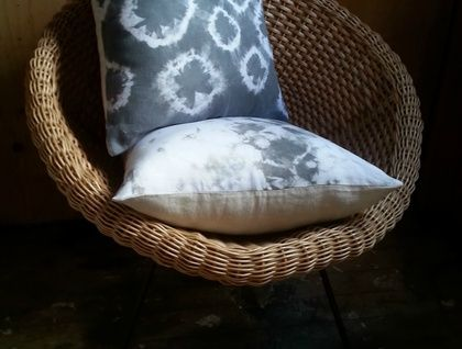 Linen cushion in slate