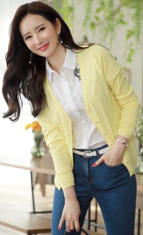 StyleOnme_Spring Color V-Neck Cardigan #yellow #springlook #cardigan #koreanfashion #kstyle #kfashion #dailylook